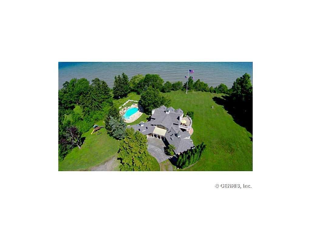 1820 Lake Road N, Webster, NY 14580