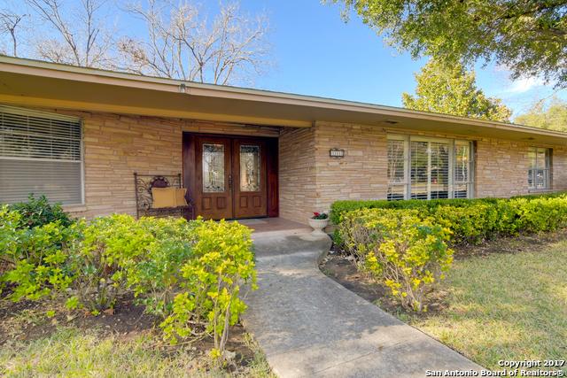 111 BRIARCLIFF DR, Castle Hills, TX 78213