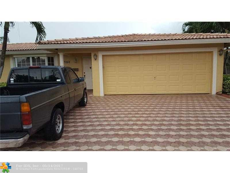 3780 NW 112th Ter, Coral Springs, FL 33065