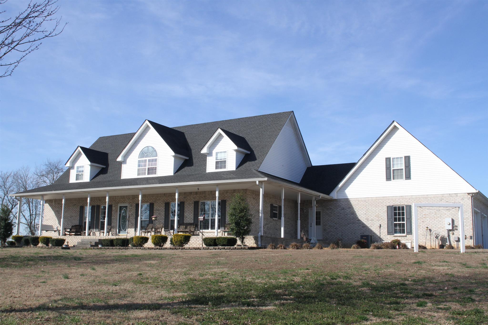 2584 Battle Creek Rd, Springfield, TN 37172