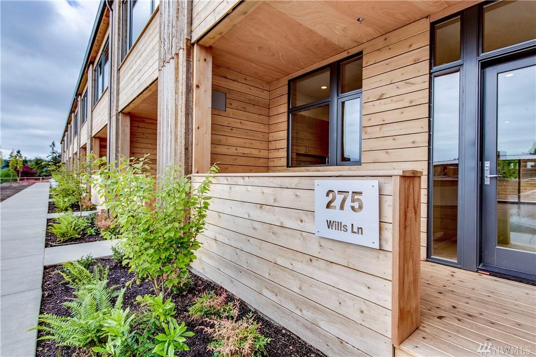 275 Wills Lane NW, Bainbridge Island, WA 98110
