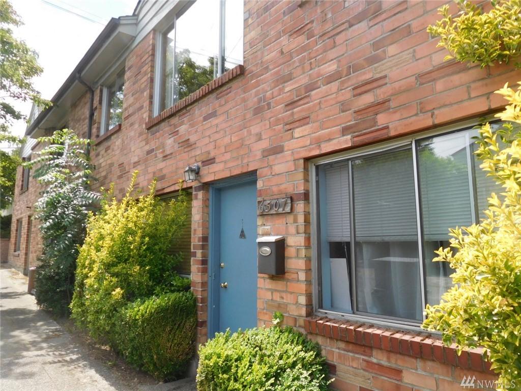 324 NE 65th St, Seattle, WA 98115