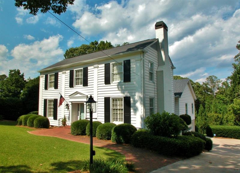 1648 Riverside Drive, Gainesville, GA 30501