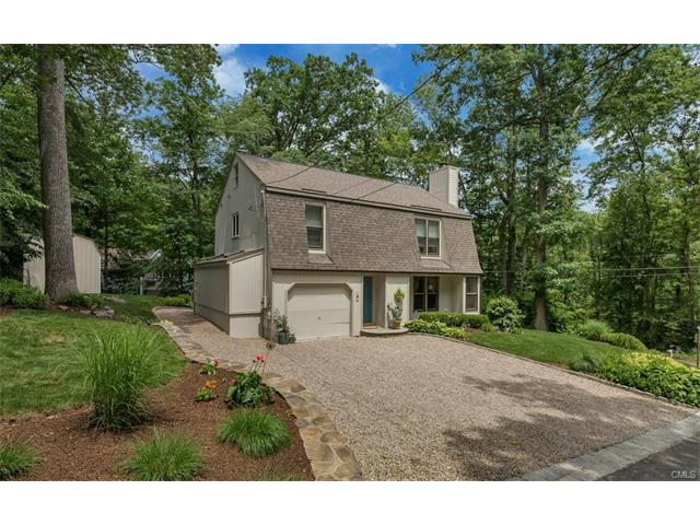 4 Woody Place, Ridgefield, CT 06877