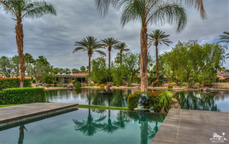 338 Crest Lake Drive, Palm Desert, CA 92211