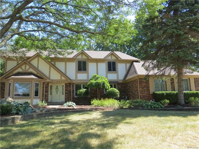 2666 CREEK BEND Drive, Troy, MI 48098