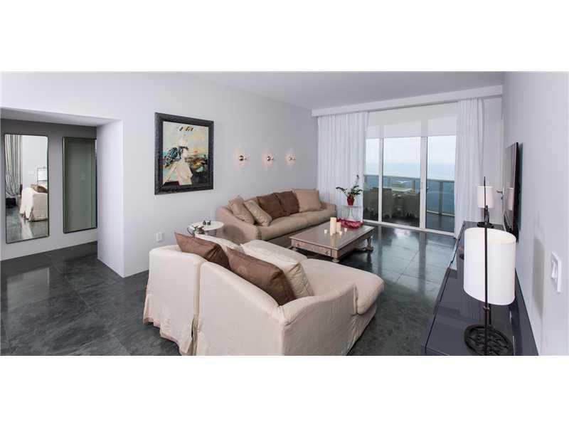 15811 COLLINS AVE 2904, Sunny Isles Beach, FL 33160