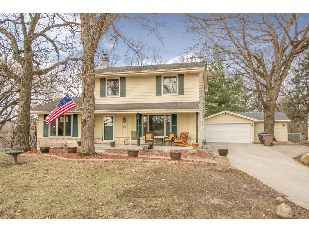 1476 NW 75th Street, Clive, IA 50325
