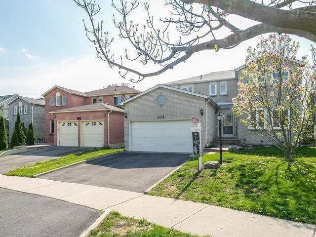 978 Rambleberry Ave, Pickering, ON L1V 5Y4