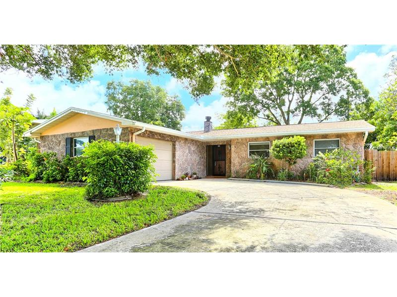 8253 137TH LANE, SEMINOLE, FL 33776