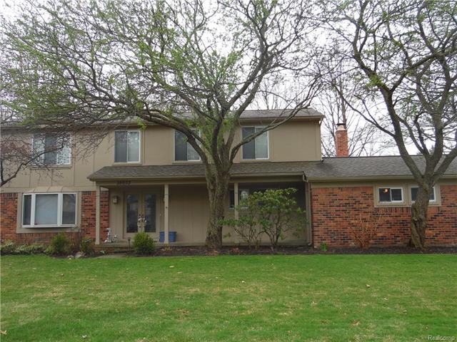 35033 Old Timber RD, Farmington Hills, MI 48331