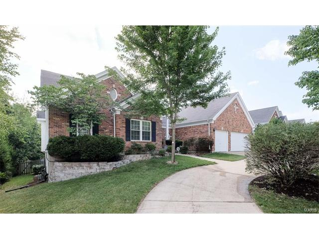 2146 Englewood Terr, Chesterfield, MO 63017