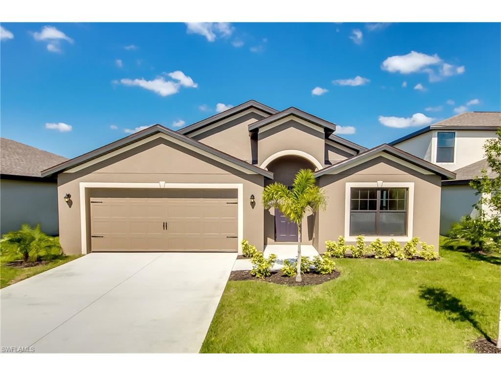 722 Center Lake ST, LEHIGH ACRES, FL 33974
