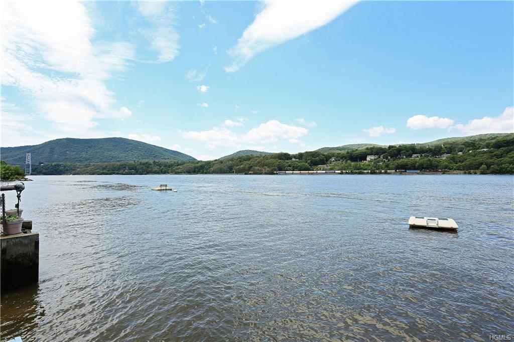 22 Hudson River, Garrison, NY 10524