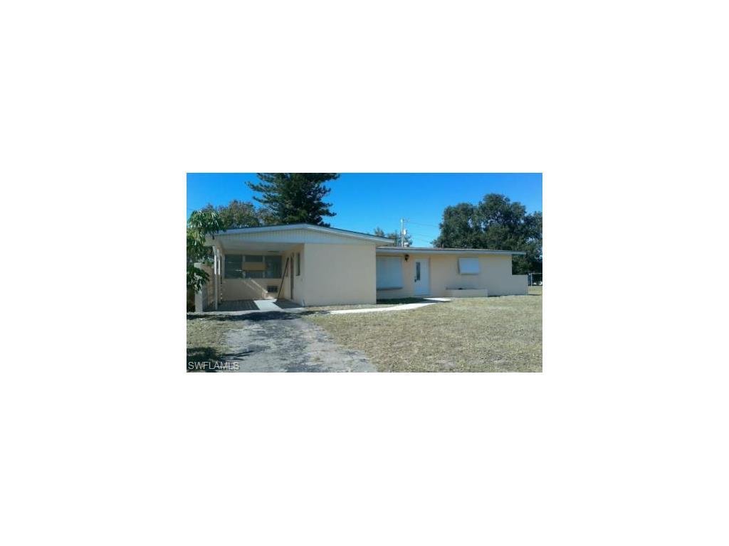 103 Oleander RD, LEHIGH ACRES, FL 33936
