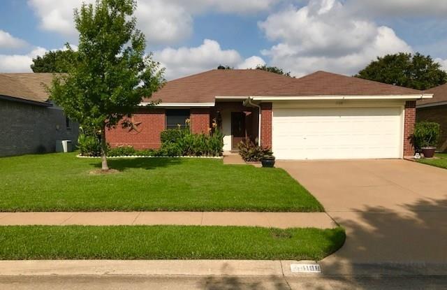 1108 Trenton Lane, Euless, TX 76040
