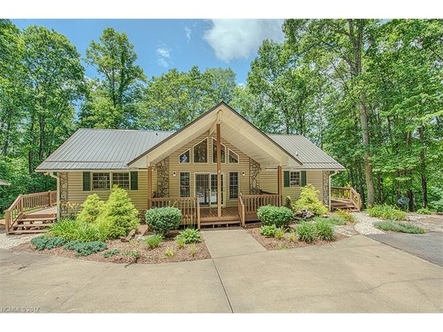 948 Redfield Drive, Clyde, NC 28721