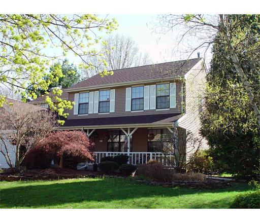 8 Barclay Court, Somerset, NJ 08873