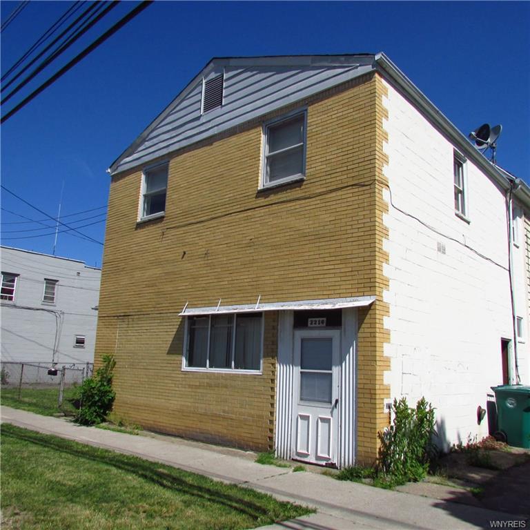 2216 Niagara Street, Niagara Falls, NY 14303