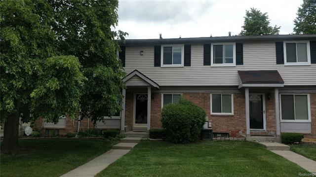 2032 ORCHARD CREST Street, Shelby Twp, MI 48317