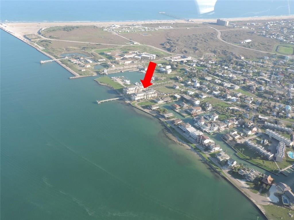 631 Channel View Dr 108, Port Aransas, TX 78373