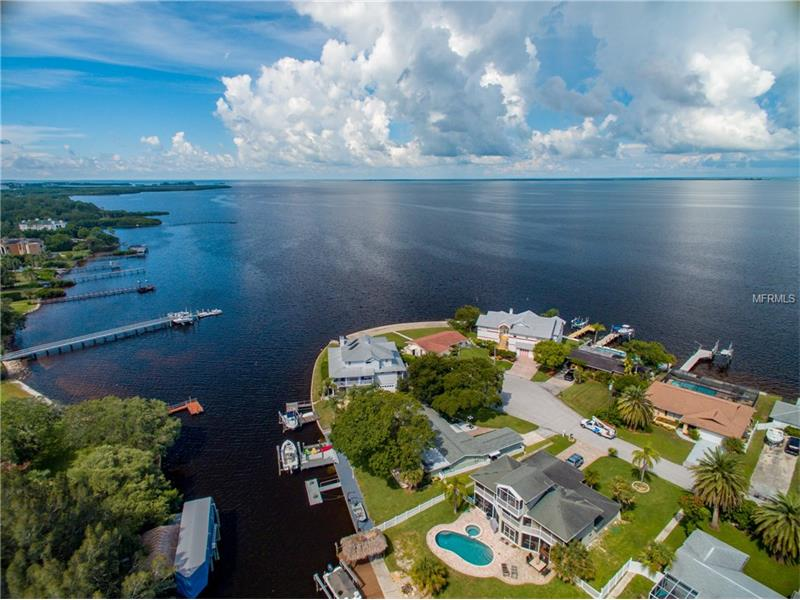 1908 GULFVIEW DRIVE, HOLIDAY, FL 34691