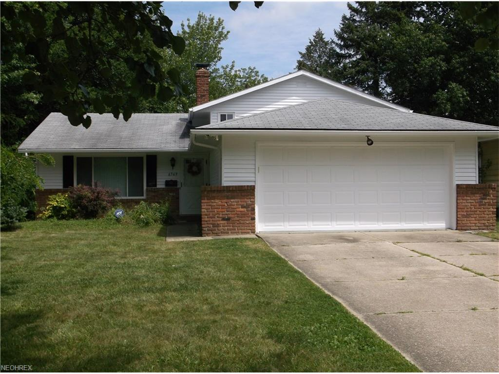 6569 Arbordale Ave, Solon, OH 44139