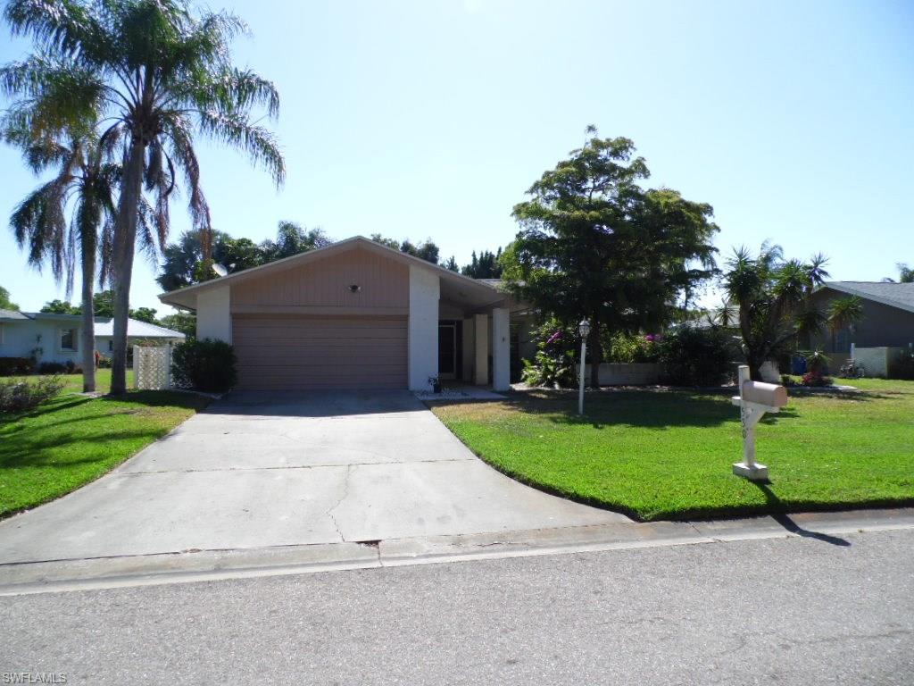 5307 Shalley CIR E, FORT MYERS, FL 33919