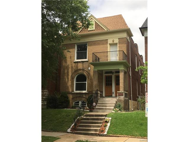 4175 Russell, St Louis, MO 63110