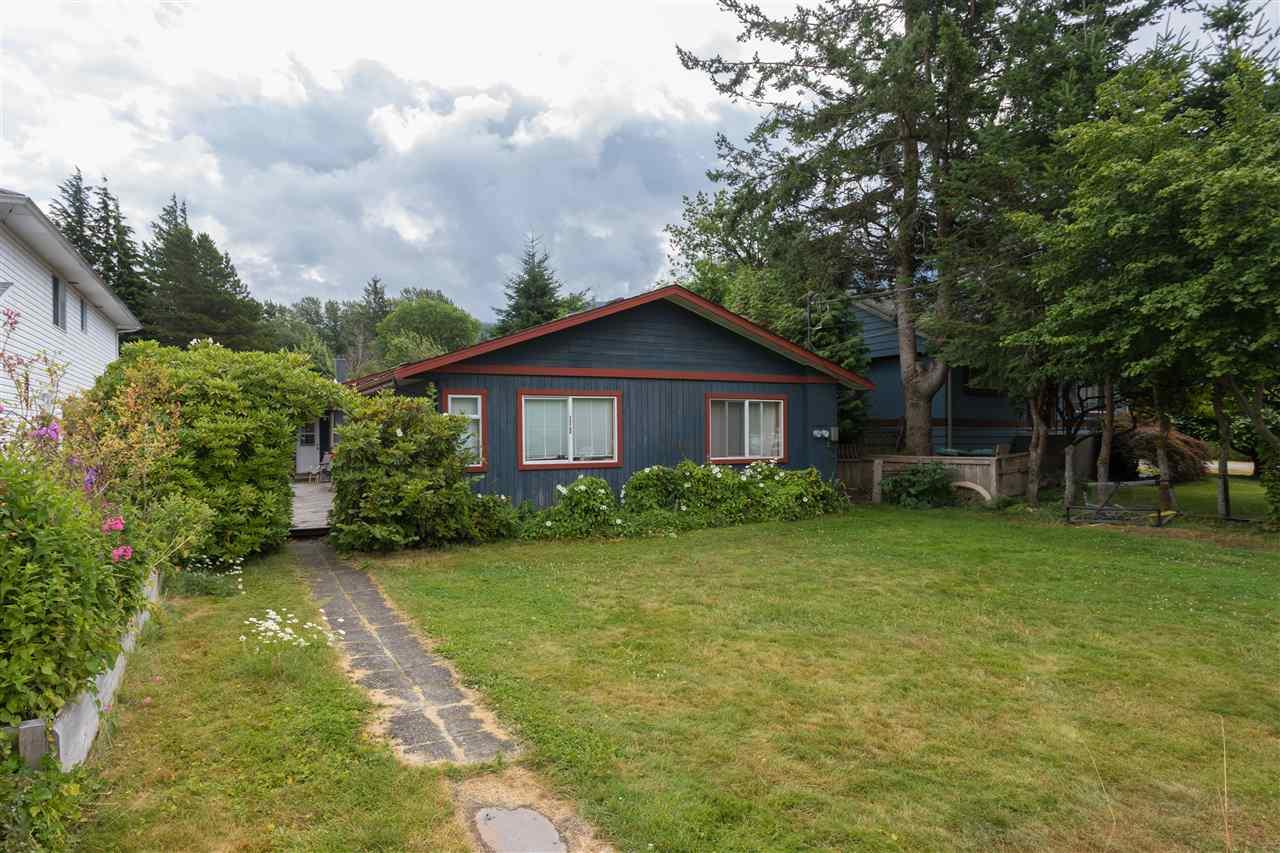 38808 NEWPORT ROAD, Squamish, BC V8B 0C9