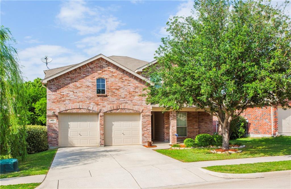 1106 Golden Eagle Court, Aubrey, TX 76227