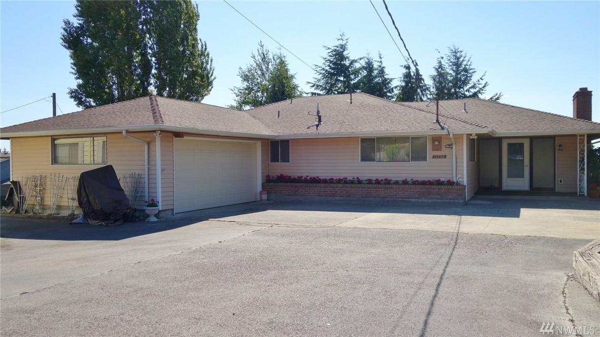 11233 21st Ave SW, Seattle, WA 98146