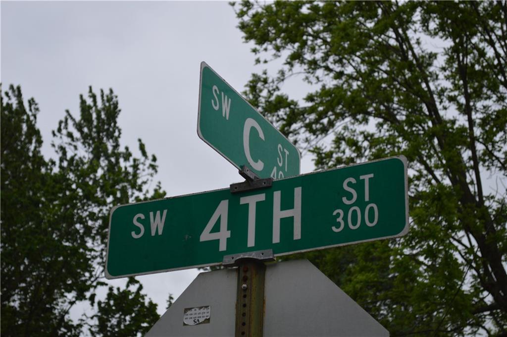 309 SW 4th ST, Bentonville, AR 72712