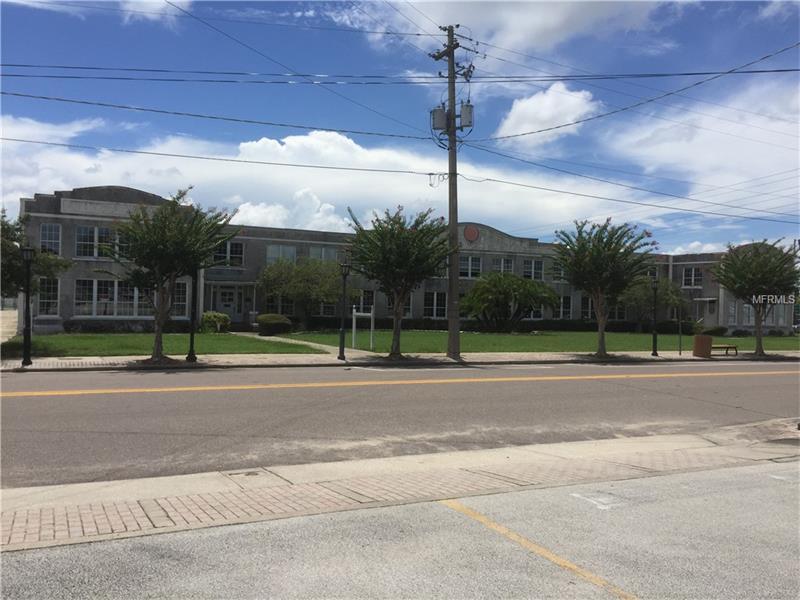 160 W HAINES BOULEVARD, LAKE ALFRED, FL 33850