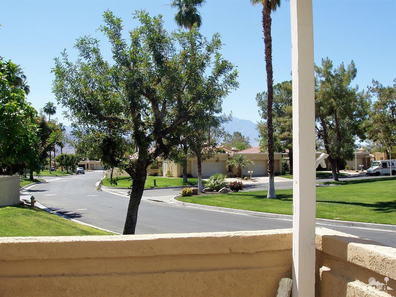41724 Navarre Court, Palm Desert, CA 92260