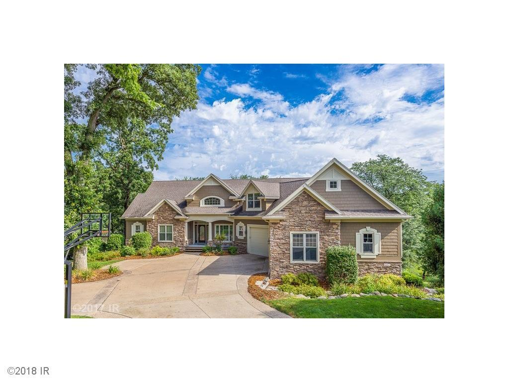 1808 NW 121st Circle, Clive, IA 50325