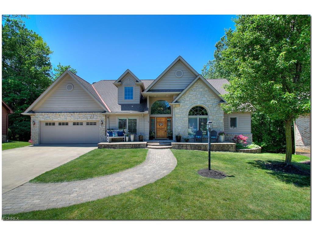 21765 Gatehouse Ln, Rocky River, OH 44116