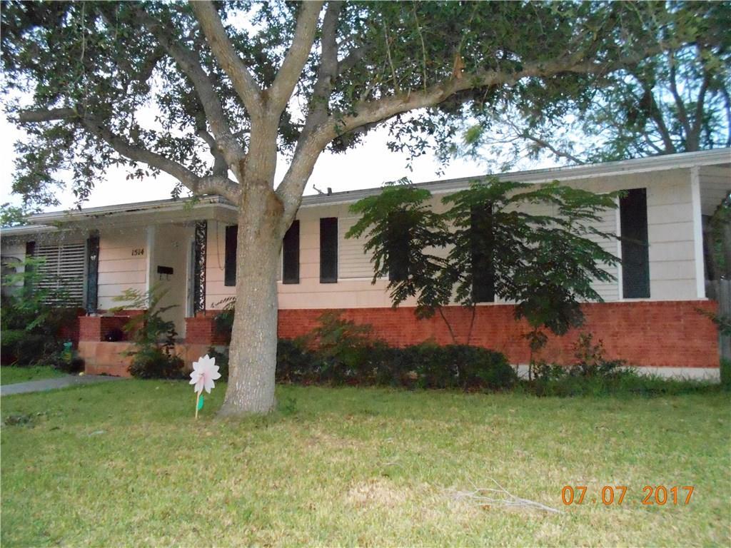 1514 Casa De Oro Dr, Corpus Christi, TX 78411