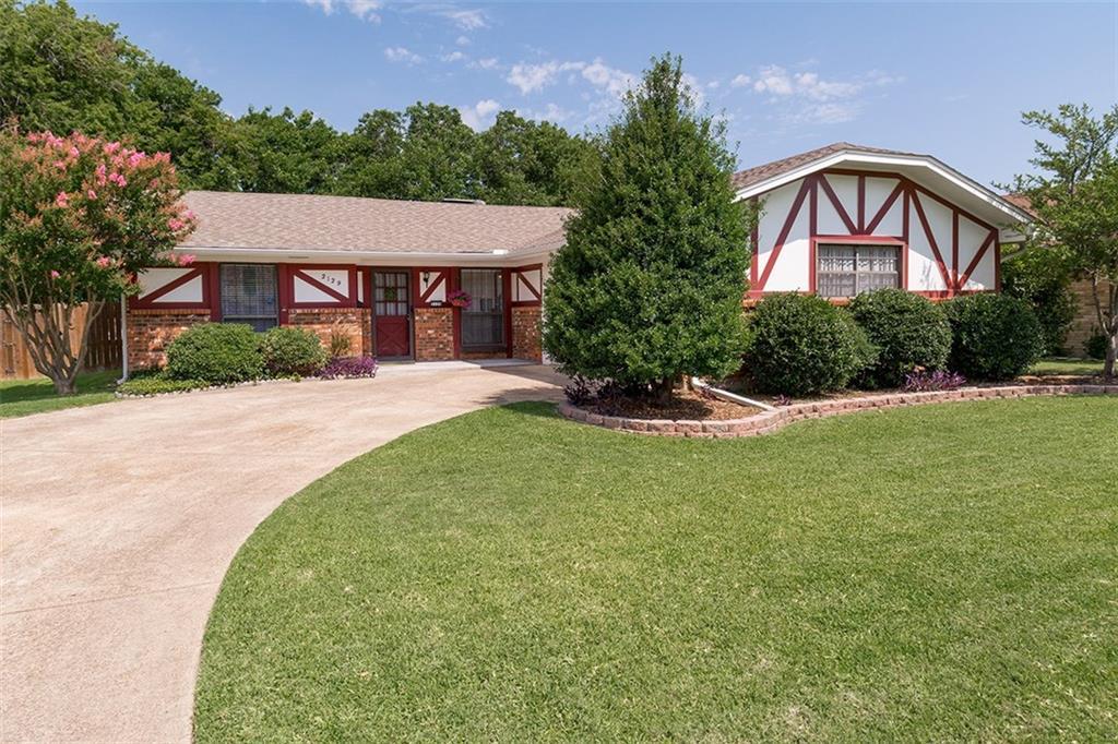 2129 Southmoor Drive, Carrollton, TX 75006