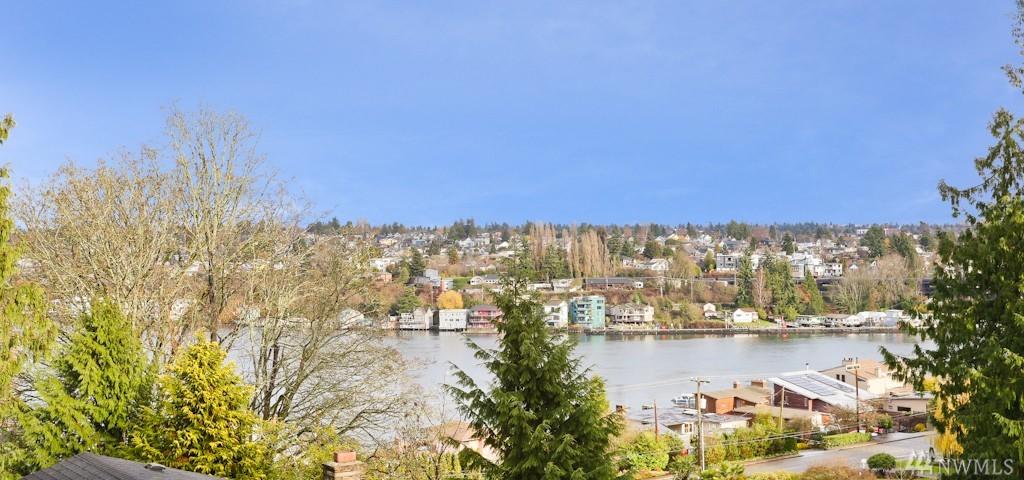 3760 W Lawton St, Seattle, WA 98199