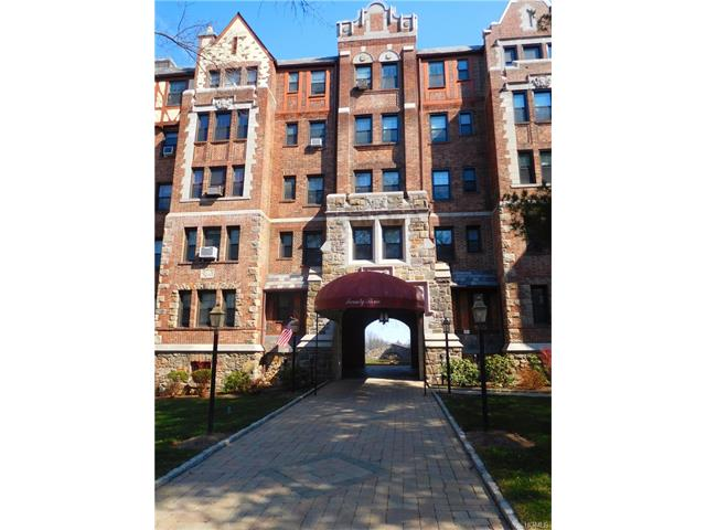 23 Old Mamaroneck Road St4, White Plains, NY 10605
