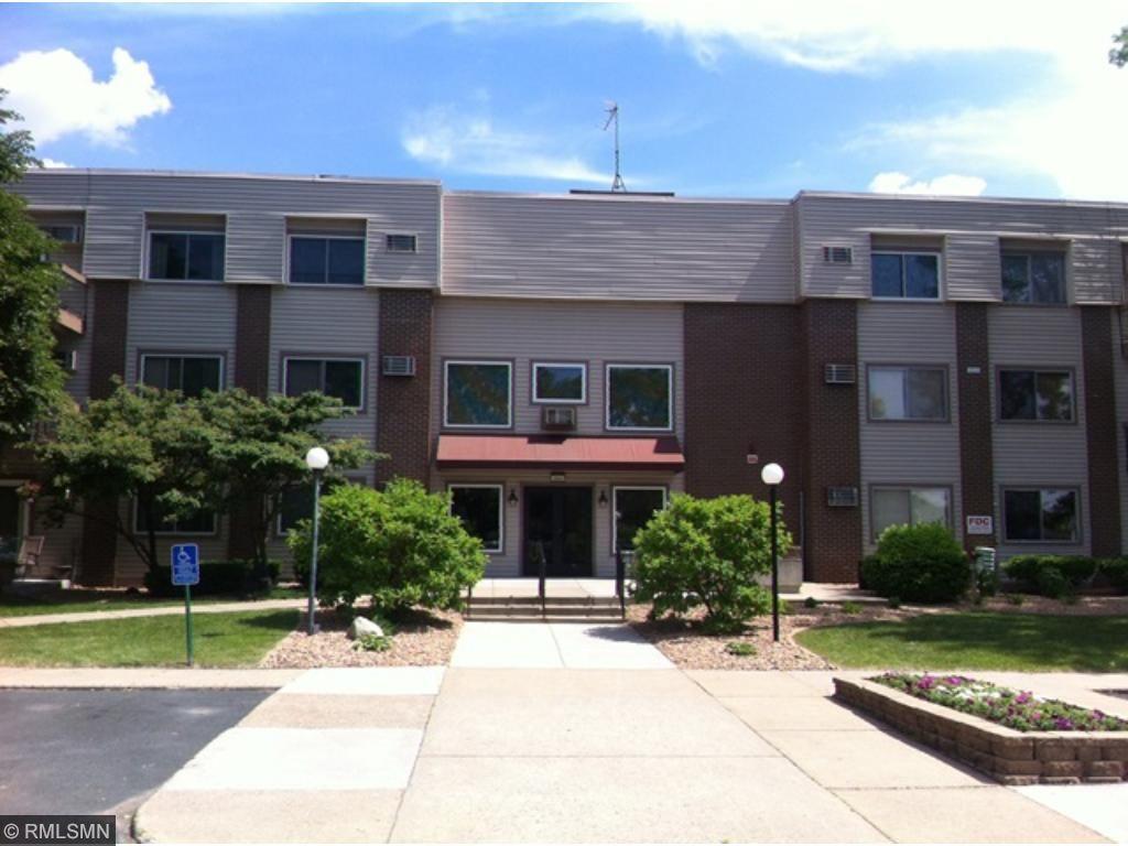 2800 Hillsboro Avenue N 312, New Hope, MN 55427