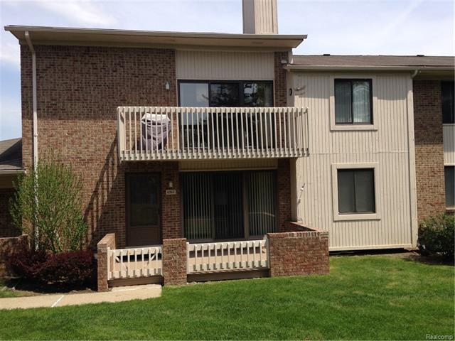 6570 MAPLE LAKES Drive 29, West Bloomfield Twp, MI 48322