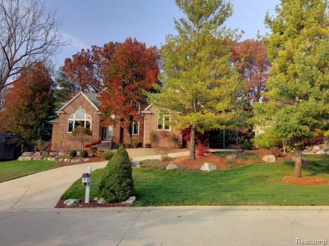 5491 CRYSTAL CREEK LN, Washington Twp, MI 48094