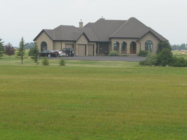 42091 TWP RD 280, Rural Rocky View County, AB T4C 1A1
