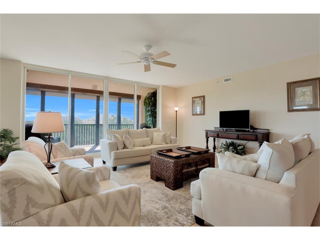 445 Cove Tower DR 402, NAPLES, FL 34110