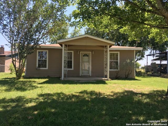 18650 LAGLORIA RD, Elmendorf, TX 78112