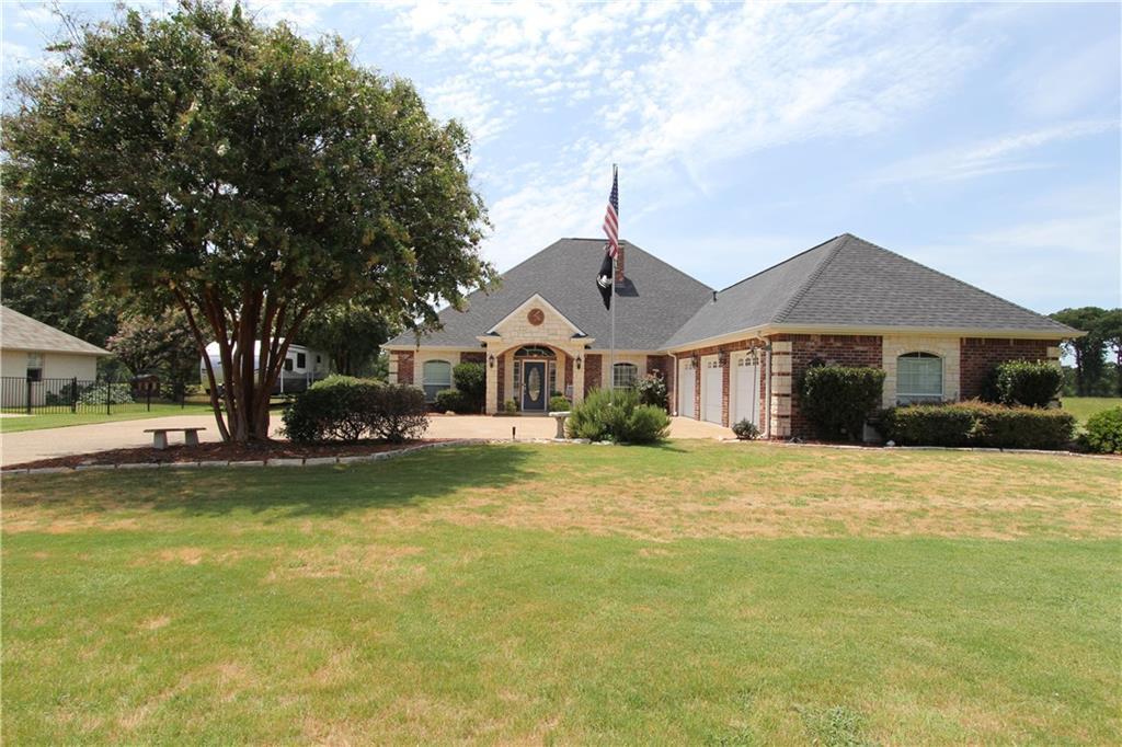 17700 Country Club Drive, Kemp, TX 75143