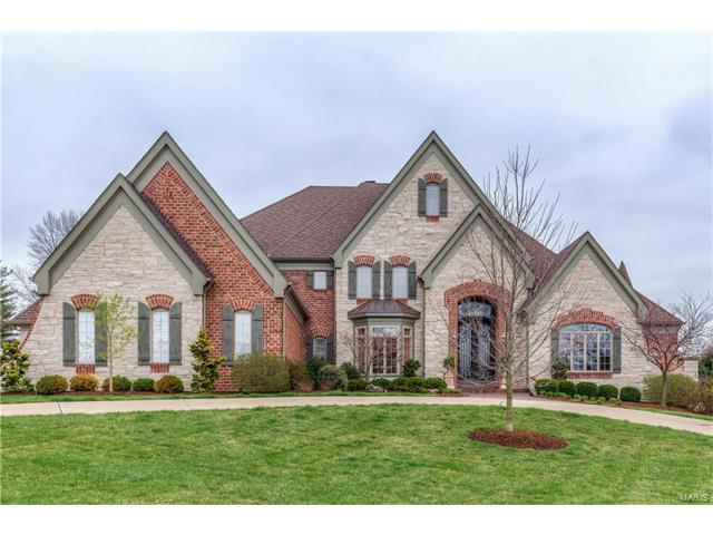 1215 Devonworth Drive, Town and Country, MO 63017