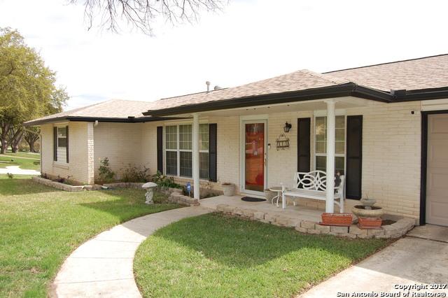 114 Meadow Way, Universal City, TX 78148
